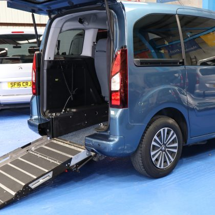Partner petrol wheelchair cars sf14doh