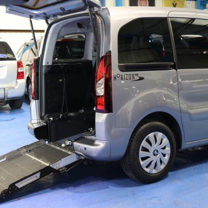 Peugeot petrol wheelchair car sf16crj