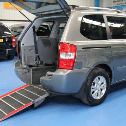 Kia sedona Auto Wheelchair car yj61dau
