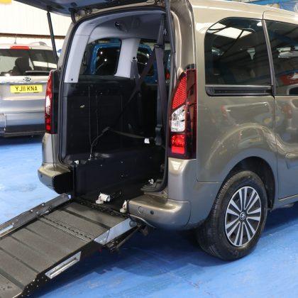 Peugeot petrol wheelchair vehicle sf64fh