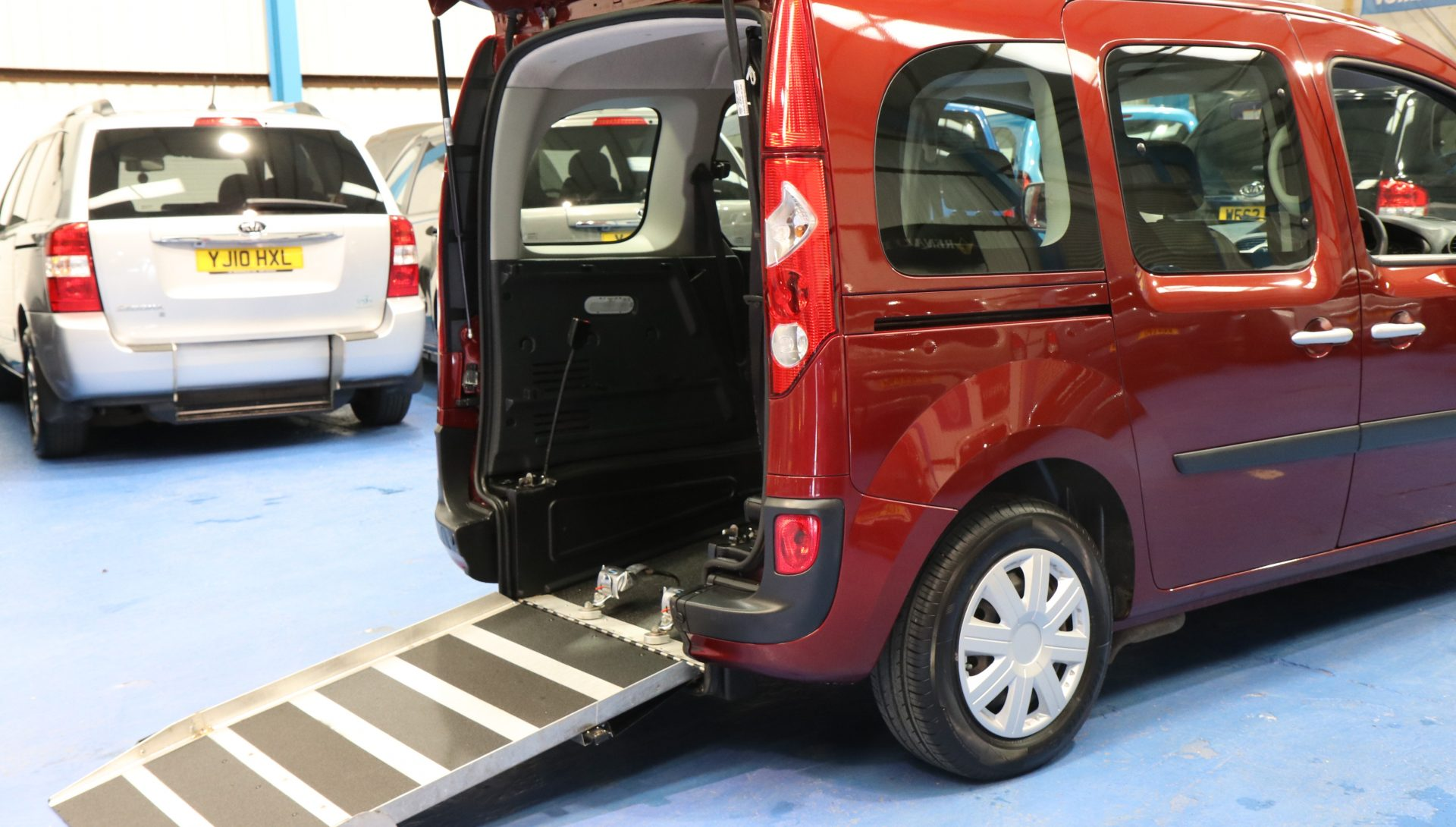 Kangoo Auto wheelchair car yj12