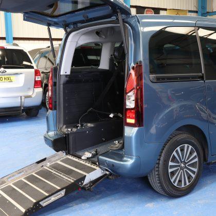 Partner petrol wheelchair cars sf14fsd