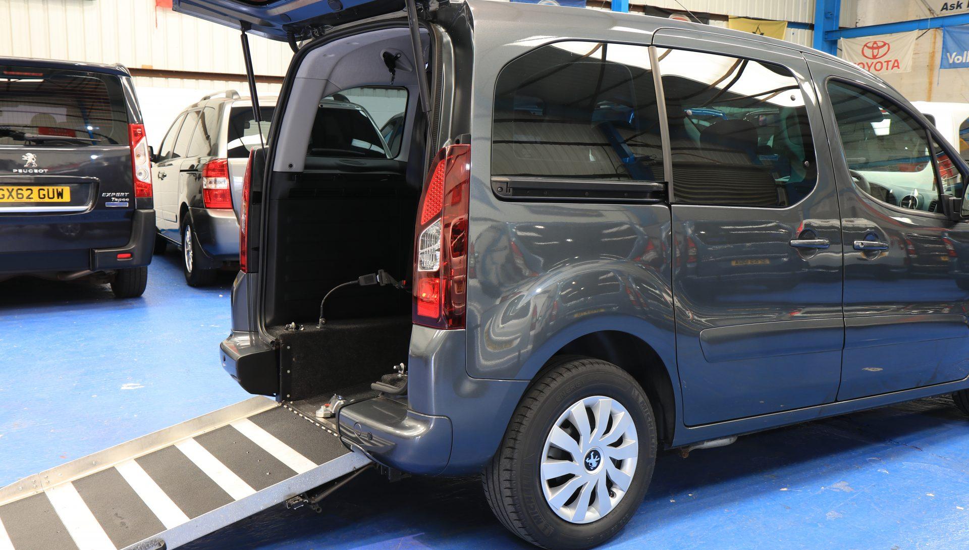 Peugeot partner Auto wheelchair car sd63