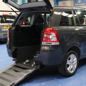 Vauxhall Zafira wheelchair car ny64