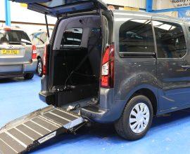 Peugeot Wheelchair access car sf15dtn