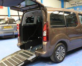 Peugeot Wheelchair access car sf65fsy