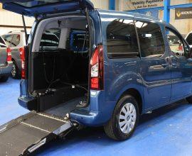 Peugeot petrol wheelchair vehicle sf15fmv