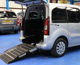 Peugeot Wheelchair access car sf64flz