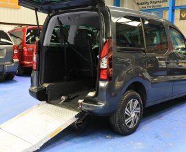 Berlingo wheelchair car NK18fy