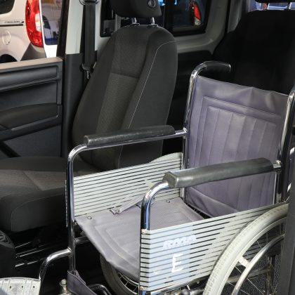 vw caddy wheelchair upfront DV66