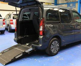 Peugeot Wheelchair accessible car sf65fvt